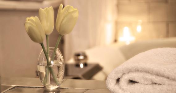 Thoreau Falls Room Bath